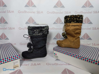 Ladies winter shoes remaining stock