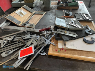 Auction: Lot of various callipers, etc.