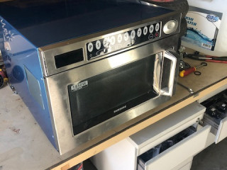 Samsung cooking appliances 111pcs €80 p /pc in the mix - returns