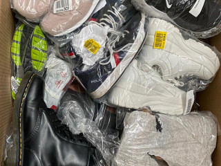Big stock of brand shoes