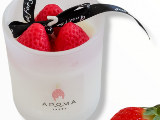 Strawberry Candle, soy wax candle
